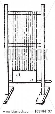 Roman loom, vintage engraved illustration.