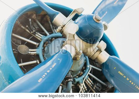 An-2 engine aircraft blue