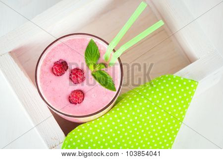 Raspberry Dairy Smoothie