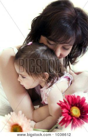 Abrazos de la madre