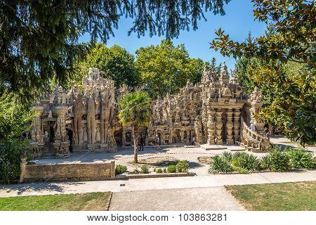 Palais Ideal Du Facteur Cheval In Hauterives - France