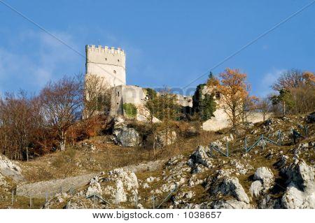 Essing Castle