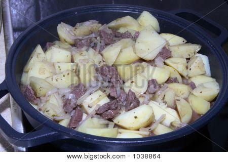 Stewed Potato With Meat