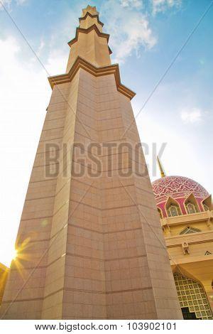 Masjid Putra,Religious