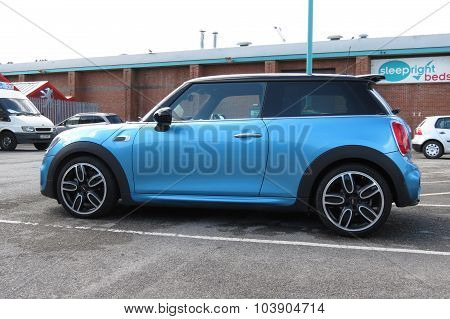 YORK UK - CIRCA AUGUST 2015: blue Mini Cooper car (new model produced from 2013 onwards)