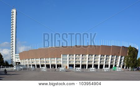 The 1952 Olympiastadion and tower