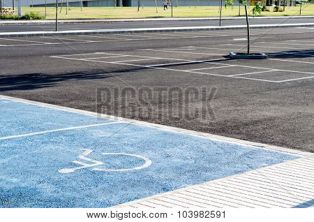 International handicapped symbol