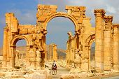 picture of euphrat  - scenery at ancient palmyra at early morning - JPG