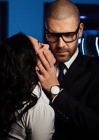 image of office romance  - Couple close - JPG