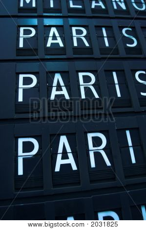 Flights To Paris - Airport Info Board