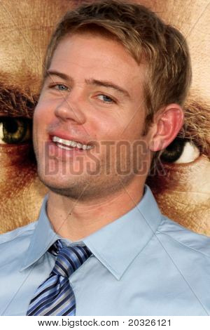 LOS ANGELES - MAY 19:  Trevor Donovan  arriving at the