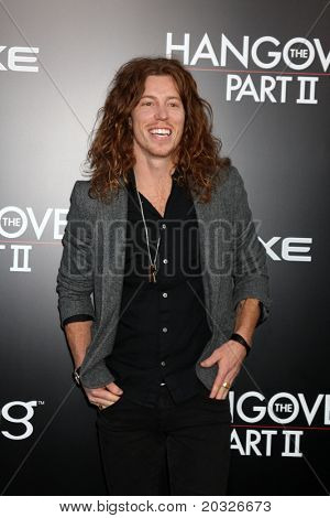 """LOS ANGELES - MAY 19:  Shaun White arriving at the """"The Hangover Part II""""  Premiere at Grauman's Chinese Theater on May 19, 2011 in Los Angeles, CA"""