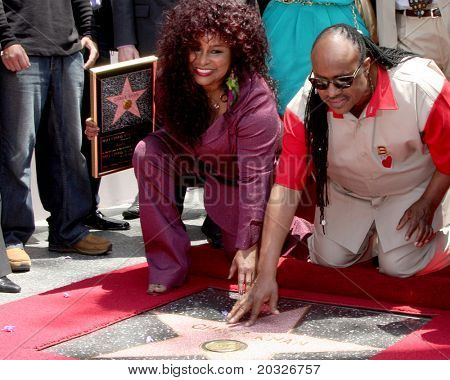 LOS ANGELES - MAY 19:  Chaka Kahn, Stevie Wonder at the Chaka Kahn Hollywood Walk of Fame Star Ceremony at Hollywood Blvd on May 19, 2011 in Los Angeles, CA