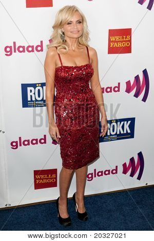 LOS ANGELES - APR 10: Kristen Chenoweth arrives at the 22nd annual GLAAD Media Awards at Westin Bonaventure Hotel on April 10, 2011 in Los Angeles, CA.