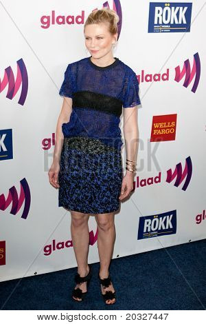 LOS ANGELES - APR 10: Kirsten Dunst arrives at the 22nd annual GLAAD Media Awards at Westin Bonaventure Hotel on April 10, 2011 in Los Angeles, CA.