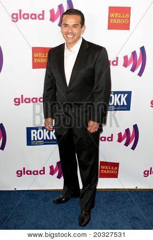 LOS ANGELES - APR 10: Antonio Villaraigosa arrives at the 22nd annual GLAAD Media Awards at Westin Bonaventure Hotel on April 10, 2011 in Los Angeles, CA.