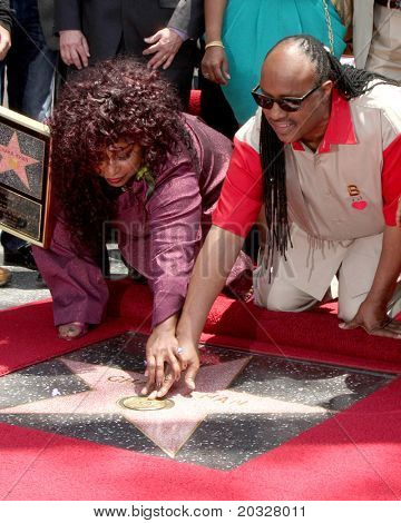 LOS ANGELES - MAY 19:  Chaka Kahn, Stevie Wonder at the Chaka Kahn Hollywood Walk of Fame Star Ceremony at Hollywood Blvd on May 19, 2011 in Los Angeles, CA.