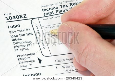 Filling out 1040EZ Form for tax return