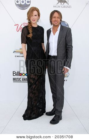LAS VEGAS - MAY 22:  Nicole Kidman, Keith Urban arriving at the 2011 Billboard Music Awards at MGM Grand Garden Arena on May 22, 2010 in Las Vegas, NV.
