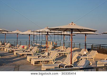 Luxury Hotel - Pool And Sea