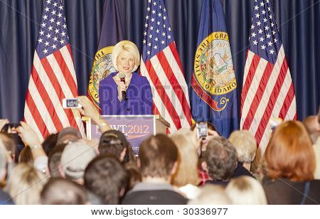 Calista Gingrich introduces Newt.