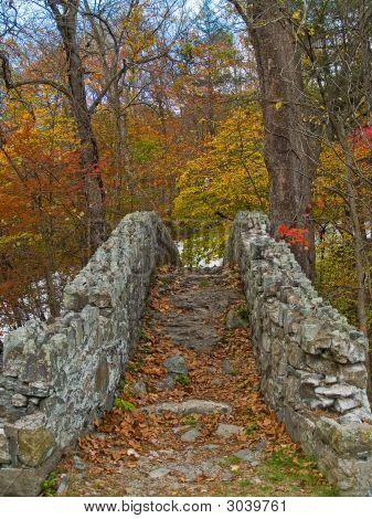 Old Stone Bridgerb