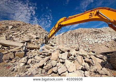demolition waste recycling site