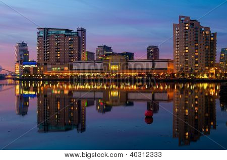 lowry salford quays reflection
