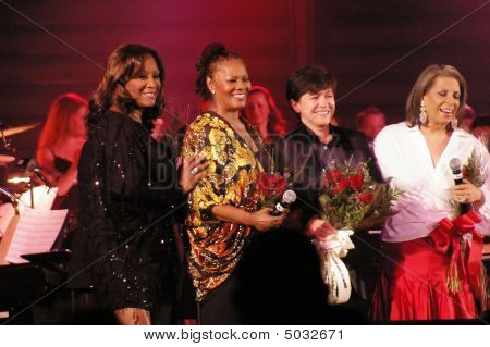 Left To Right Patti Labell  Dionne Warick  Tena Clark  Patti Austin