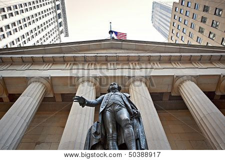 Statue of George Washington - Federal Hall
