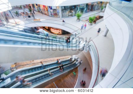 Moderno centro comercial