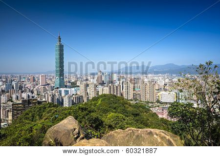 Taipei, Taiwan skyline at daytime.