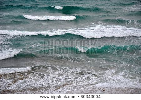 Ocean Waves Rolling In