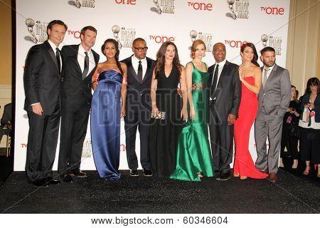 vLOS ANGELES - FEB 22:  Scandal Cast  at the 45th NAACP Image Awards Press Room at Pasadena Civic Auditorium on February 22, 2014 in Pasadena, CA
