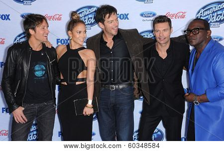 LOS ANGELES - FEB 20:  Keith Urban, Jennifer Lopez, Harry Connick Jr., Ryan Seacrest &  arrives to the American Idol Top 13 Finalists  on February 20, 2014 in West Hollywood, CA