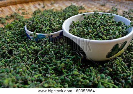 Close-up  Green Fresh  Salae (broussonetia Kurreii Corner) In Bamboo Basket