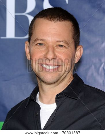 LOS ANGELES - JUL 17:  Jon Cryer arrives to the CBS-CW-Showtime Summer TCA Press Tour 2014  on July7, 2014 in West Hollywood, CA.