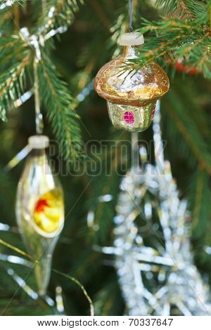 Home And Lantern Christmas Decoration