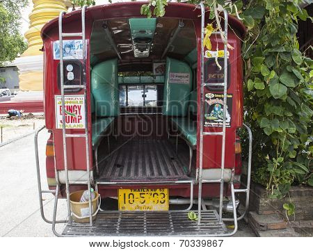 Red Minibus Transportation Service For Tourist Travelling In Chiangmai, Thailand
