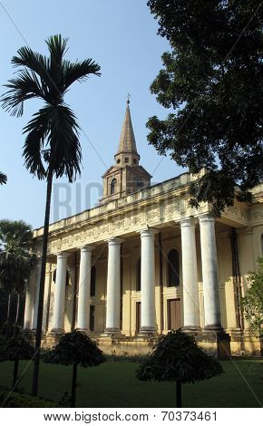 KOLKATA, INDIA - NOV 25: St John s Church in the BBD Bagh district of Kolkata with its impressive colonnades and stone spire was built in 1787. on Nov 25, 2012 in Kolkata, India.