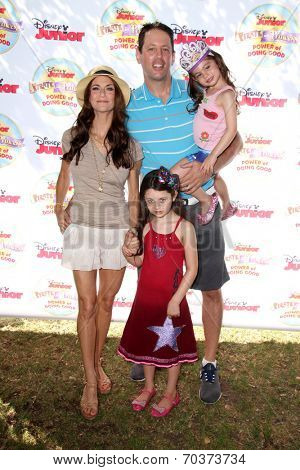 LOS ANGELES - AUG 16:  Samantha Harris, family at the Disney Junior's Pirate and Princess: Power of Doing Good at Avalon on August 16, 2014 in Los Angeles, CA