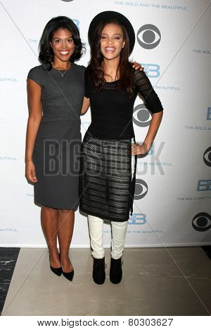 LOS ANGELES - JAN 14:  Karla Mosley, Reign Edwards as the  Bold and Beautiful Celebrates 7000th Show at a CBS Television City on January 14, 2015 in Los Angeles, CA