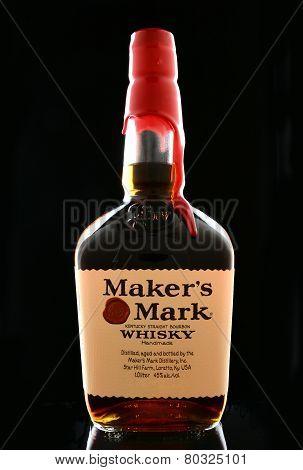 Maker's Mark On Balck