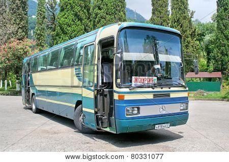 Mercedes-benz O303