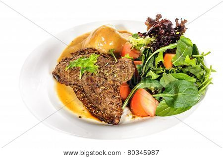 Rump Steak With Mashed Potatoes And Mix Vegetable On Plate