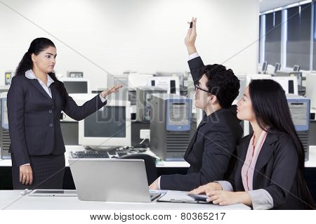 Female Worker Lead A Meeting In Office
