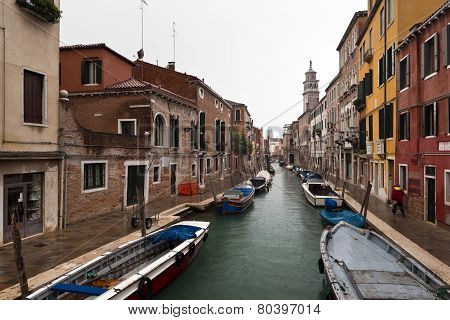 Italy,Venice,Dorsoduro January 15:Rio de S.Barnaba And Houses In Rainy Winter Day