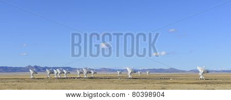 Radio Telescopes at Very Large Array
