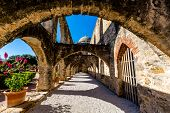 pic of texas  - Stone Arches of the Historic Old West Spanish Mission San Jose - JPG