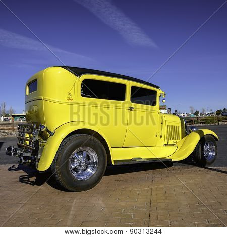 Valle, AZ - CIRCA MARCH 2015 - Yellow excellent old car in Valle, Arizona, circa March 2015